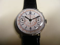 Berna Watch, men's chronograph from the 1930s, single-button, oversize: 38.5 mm