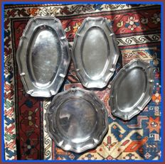 Christofle - Set of 3 oval platters, style: Louis XV, plus one round platter in the same style, but from a different silversmith