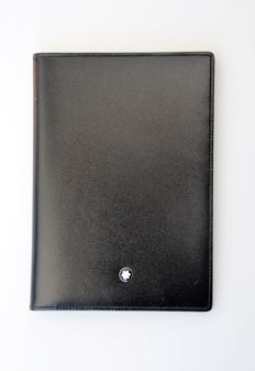 Montblanc Meisterstück - passport holder