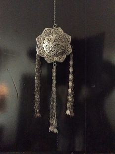 Silver bed hanger - Straits Chinese - Malaysia