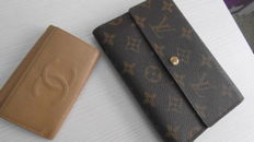 Louis Vuitton - Monogram Canvas Triple fold Wallet & Chanel - Key ring - *No Minimum Price*