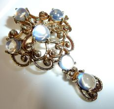 Pendant/brooch in 14 kt/585 gold with 6 ceylon moonstones totalling 4 ct, solid 9.1 g