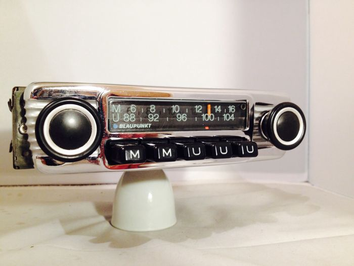 Blaupunkt Munster classic car radio from the 1960s/1970s for Porsche 911, 912 914, 356, VW, BMW, Mercedes, Opel, Ford and others