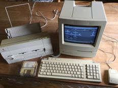 Apple Macintosh Classic M0420 with keyboard, mouse  and apple style writer
