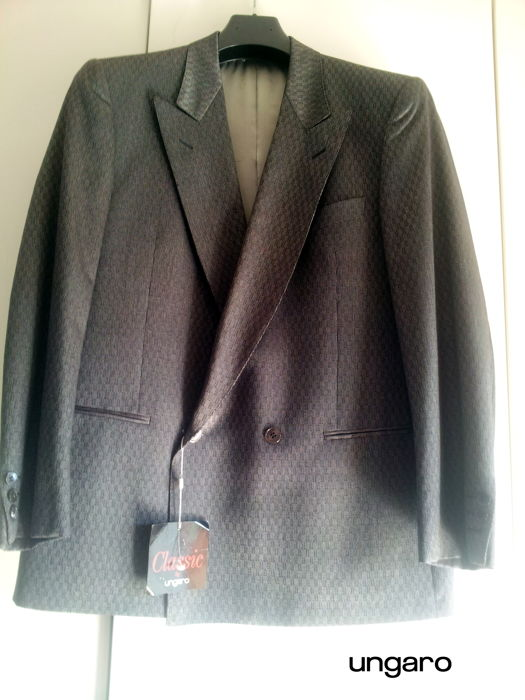Ungaro Classic - Double-breasted dinner jacket ***NO RESERVE***
