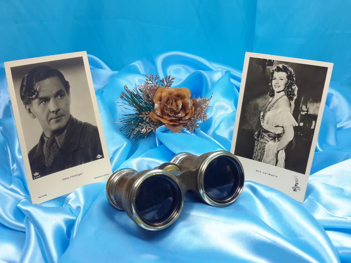 Austria - Wien - Antik Opera Binoculars - Anton Kleemann with Antik Photos