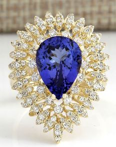 4.85 Carat Tanzanite And Diamond Ring In 14K Solid Yellow Gold Ring Size: 7 *** Free Shipping *** No Reserve *** Free Resizing