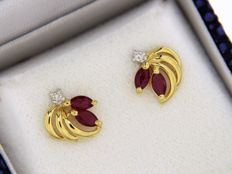 Earrings 18 kt gold - rubies and diamonds