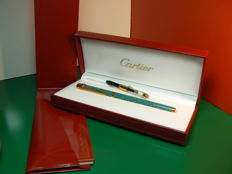 "Cartier ""Must"" Fountain Pen Veronese Green Chinese Lacquer With Box"