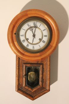 Oak mini pub or school clock period ca. 1950