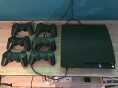 Console PS3 + 6 controllers + 13 games