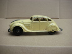 Dinky Toys - Scale 1/43 - Chrysler Airflow No. 30 A