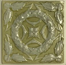 Art Nouveau tile with garlands