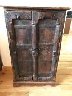 Oak wood, small size monastery cabinet, wrought iron straps, door and side panels early 19th century, the Netherlands