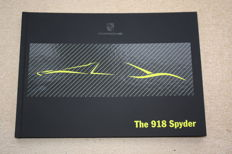 Porsche 918 Spyder Launch Book