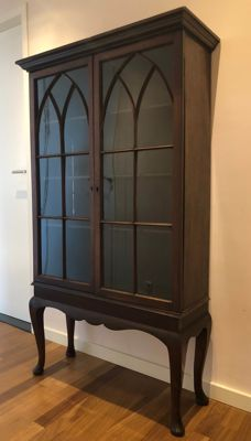 Mahogany display cabinet - England - 20th century