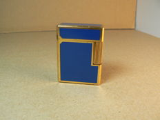 Dupont lighter in Chinese lacquer (blue)