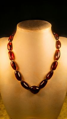 Baltic Amber necklace, length 48 cm