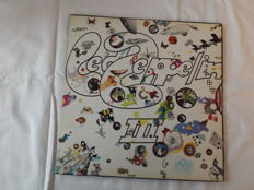 Led Zeppelin III 1970 U.K. First Pressing Ex+ hard To Find In These Conditions. Gatefold Roating Wheel Sleeve