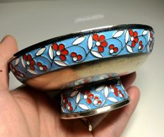 Russian raised cake stand in enamelled silver (Soviet Union), ca. 1958