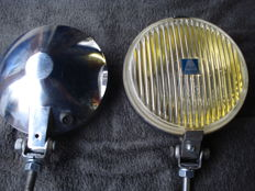 Two FOG LIGHTS by the brand HELLA type 140 with a diameter of 145 mm