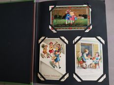 Lot consisting of children's cards in an album, many of which have been  signed and/or from famous publishers 144 x