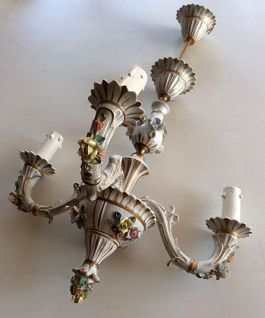 Great Chandelier In Capodimonte Porcelain Signed 1960s