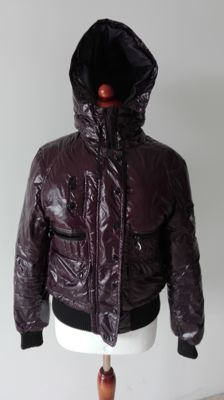 Moncler – Quilted jacket with hood