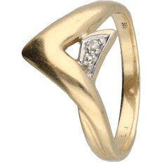14 kt yellow gold ring set with a diamond of 0.005 ct. - ring size: 17.25 mm