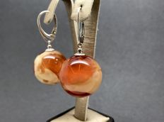 Earrings of sterling silver 925/1000 with marble Amber beads ø20 mm, no reserve