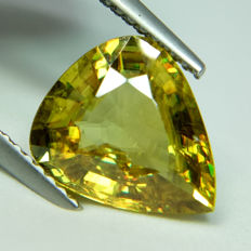 Sphene - 3.55 ct