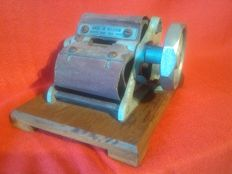 Early Sigarette rolling machine Eclair