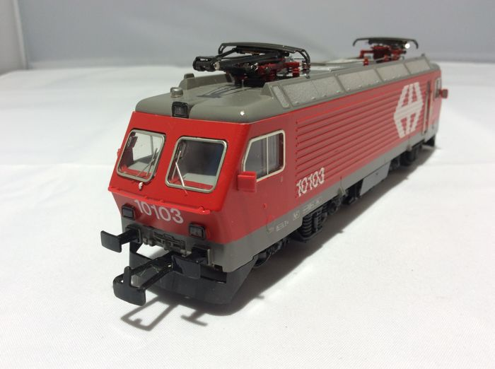 Märklin H0 - 3328 - Locomotive électrique - Re 4/4 (2543) - SBB-CFF