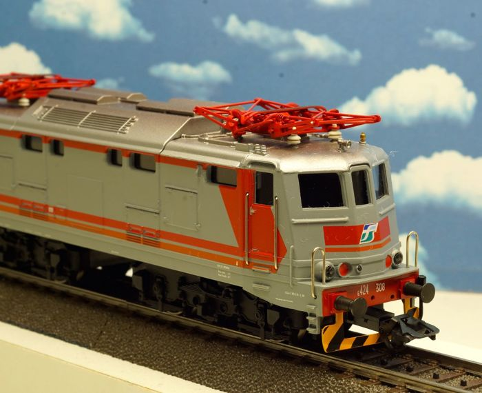 Märklin H0 - 37240 - Electric locomotive Series E-424 of the FS