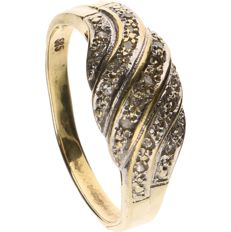 14 kt yellow gold ring set with 19 single cut diamonds of approx. 0.005 ct each - ring size: 17.75 mm
