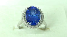 18 kt white gold ring with tanzanite for 4.60 ct and diamonds for 0.26 ct ***No reserve price***