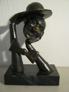Special sculpture of a clown on a marble base - 16 cm high and 1.65 kg