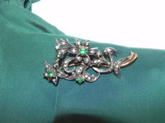 Belle Époque Historic brooch 750 18K gold 35 diamonds and emeralds and silver