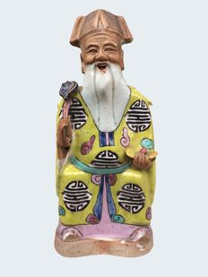 A large famille rose figure of the immortal Shou-Lao - China - Jiaqing period (1796-1820)