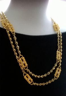 JACKIE KENNEDY – CAMROSE & KROSS double paperclip necklace 24K gold-plated with Swarovski crystals