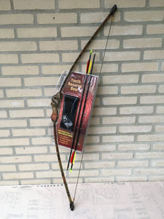 Camouflage Recurve Longbow, including arrows,