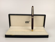 Montblanc Meisterstück classic mechanical pencil in its case - maroon colour