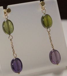 14 kt Yellow gold earrings with amethyst and peridot, Measurements: 6 x 35 mm