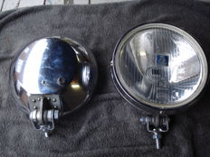 Two SPOTLIGHTS by the brand HELLA with a diameter of 200 mm