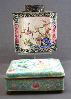 Enamel famille rose tea canister and box on spherical feet - China - 18th and 19th century