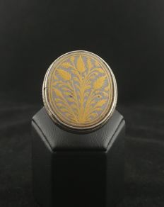 Antique silver ring with gilt enamel - Afghanistan, mid 20th century