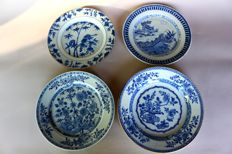 4 blue and white painted plates with various motifs - China - 18th century