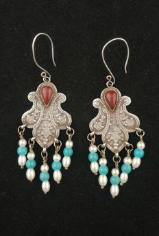 Silver earrings with carnelian agate - Afghanistan, second half of 20th century