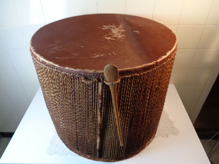 Large double-sided drum - African - Ca. 1950