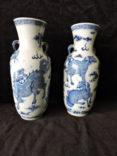 2 ear vases with dragons - around 1880